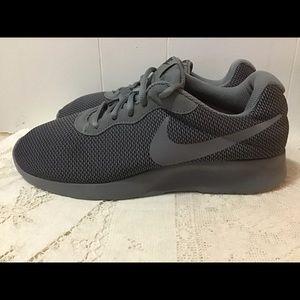 Nike Tanjun SE Gray Cool Gray Running Shoe
